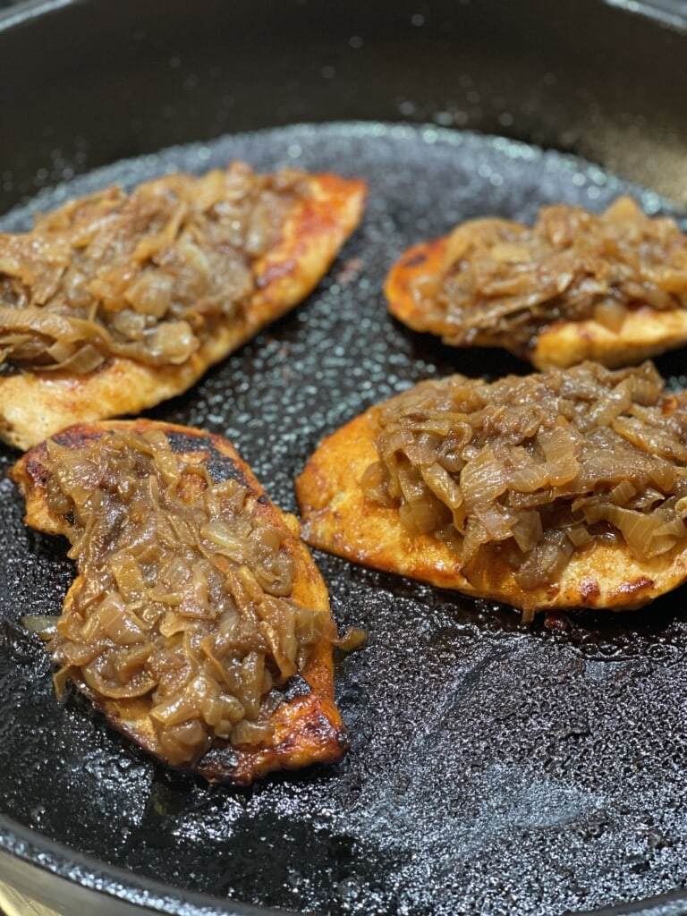 bbq chicken with caramelized onions
