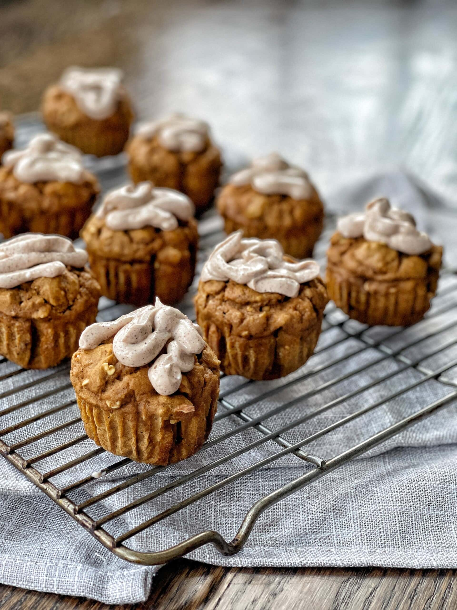 pumpkin muffins with cream cheese frosting
