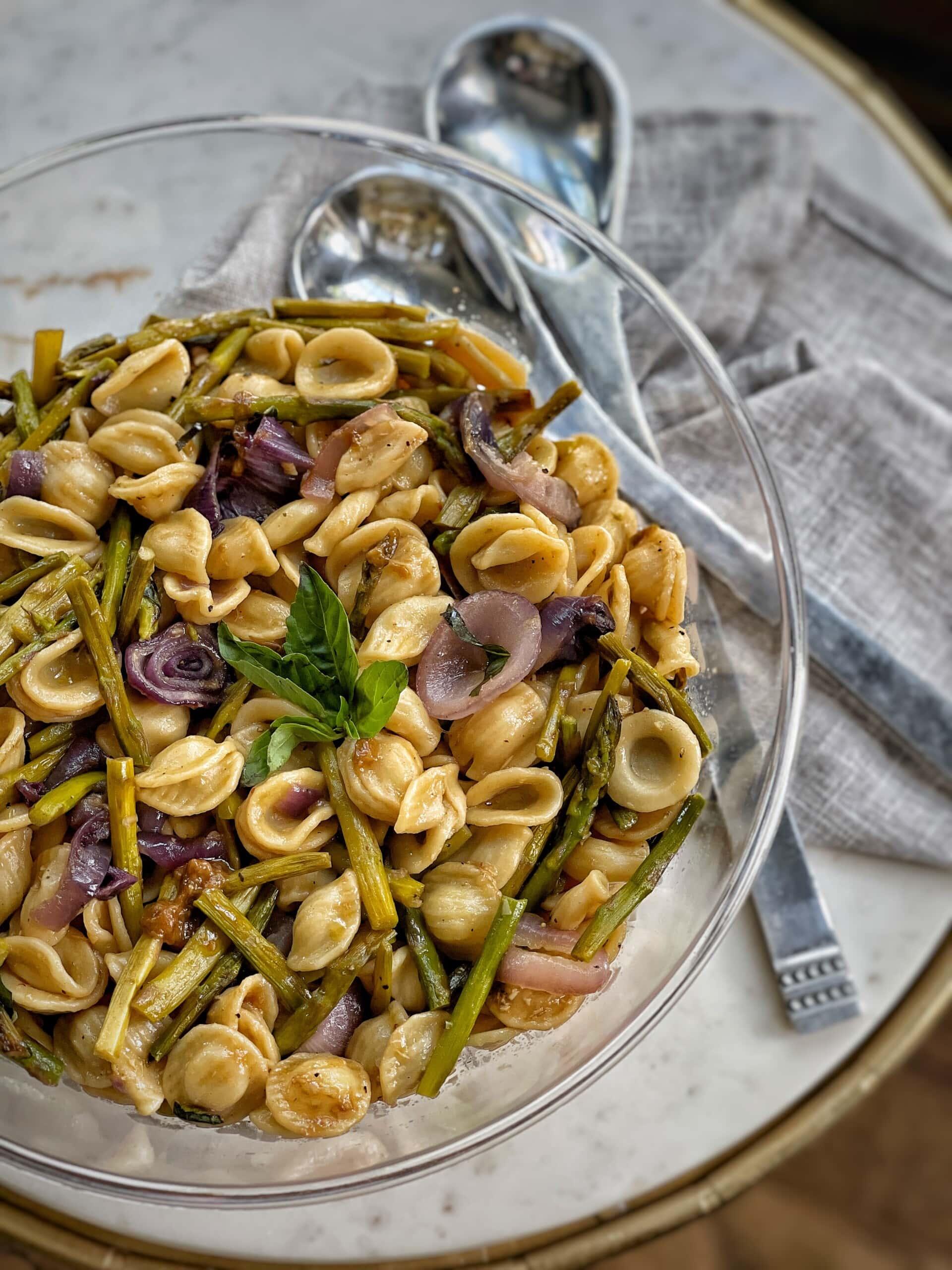 pasta salad with roasted garlic vinaigrette