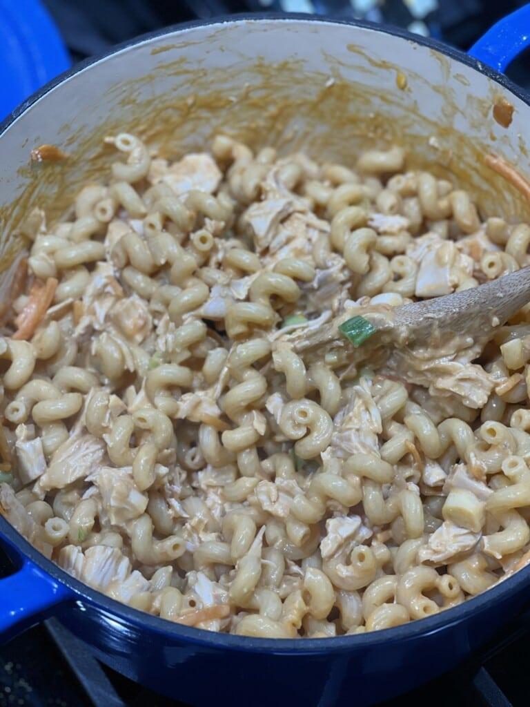 one pot buffalo chicken pasta