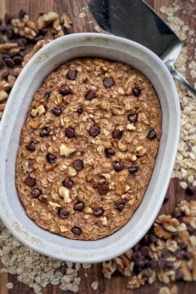 chocolate chip walnut baked oatmeal